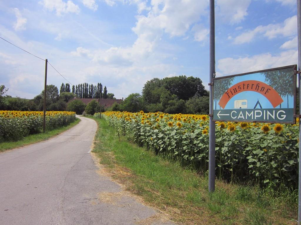 Zufahrt zum Finsterhof